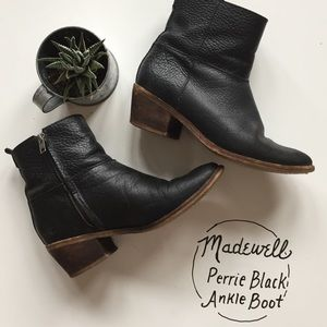 Madewell Perrie Black Pebbled Leather Ankle Boot